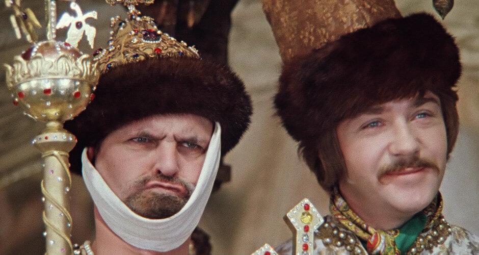 Новогодние фильмы для жителей ЖК Суворовского