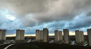 Дождливый апрельский день в ЖК Суворовском