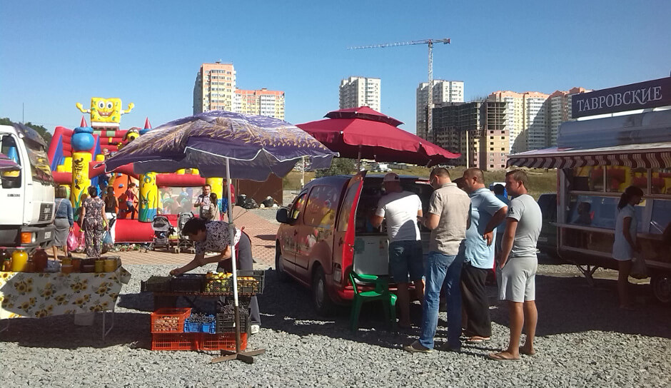 Ярмарка в ЖК Суворовском