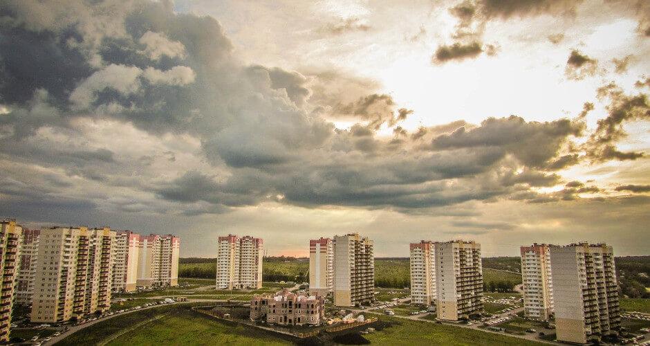 Вид на 140-ой военный городок ЖК Суворовского
