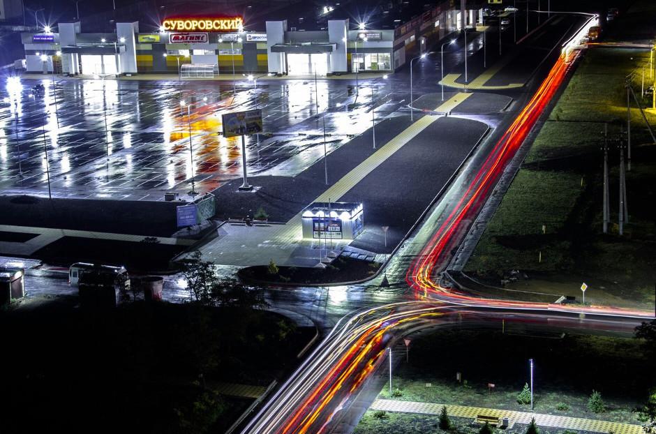 Ночной вид на торговый центр