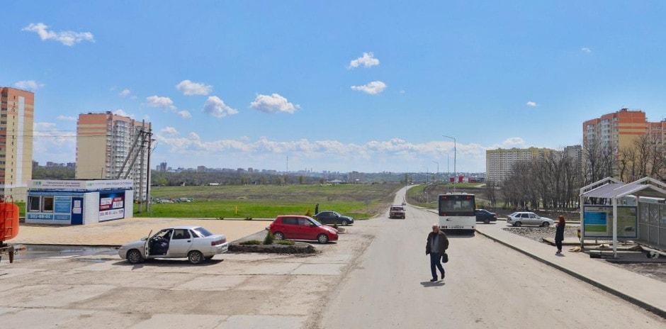 Перекресток улиц Вавилова и Петренко