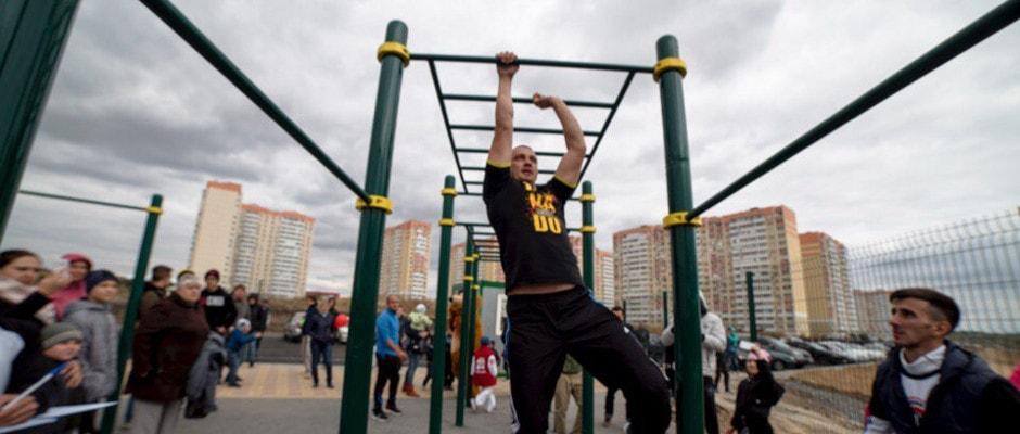 Фитнес в спортивном клубе Суворов