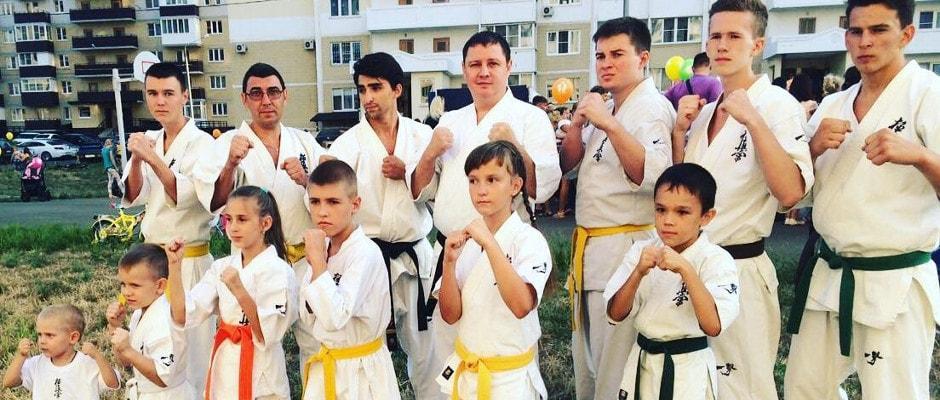Занятия карате для детей в спортивном клубе Суворов