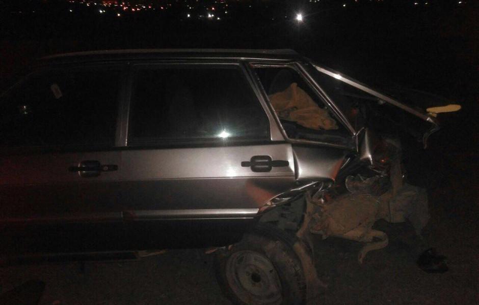 Один из пострадавших автомобилей в аварии в ЖК Суворовском