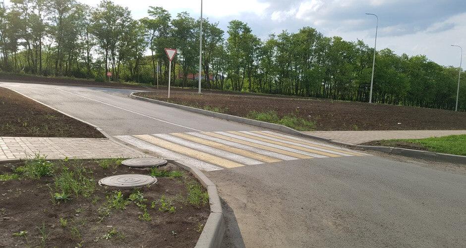 Новая дорожная разметка в ЖК Суворовском. Вид 1.