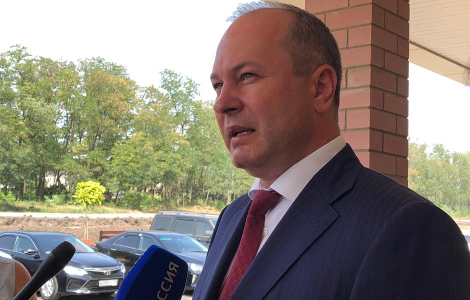 Кушнарев рассказывет про поликлинику Суворовского