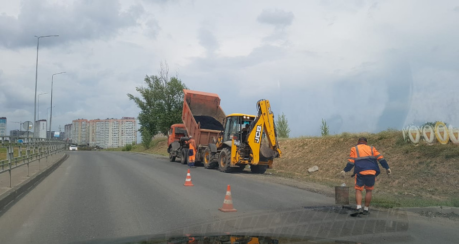 Ремонт дороги в ЖК Суворовском. Вавилова 1.