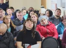 Жители Суворовского встретились с руководством управляющих компаний