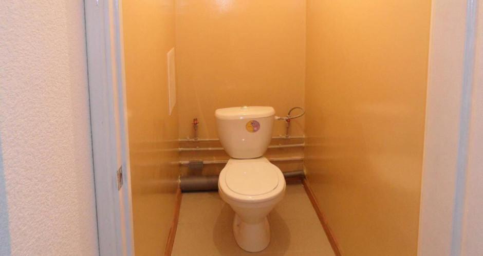 Типовой туалет в ЖК Суворовский