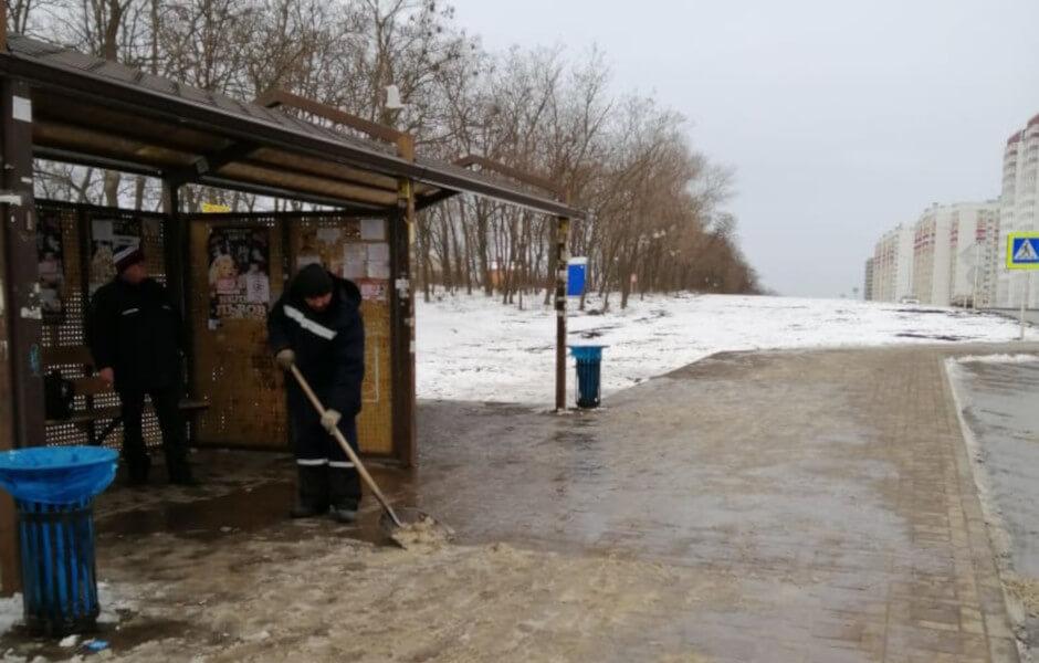 Уборка остановочных комплексов Суворовского