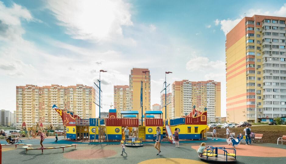 Игровой комплекс Фрегат в ЖК Суворовский. Вид 1.