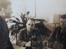 Генерал Федор Костенко (справа)