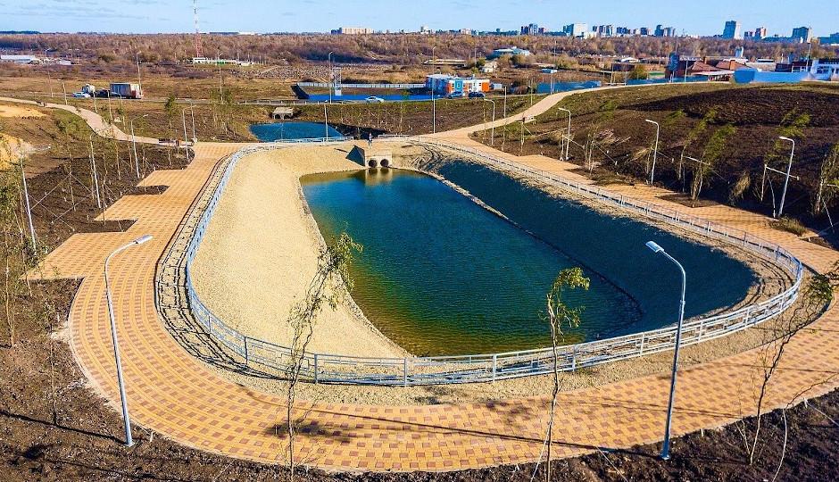 Искусственное озеро в ЖК Суворовский