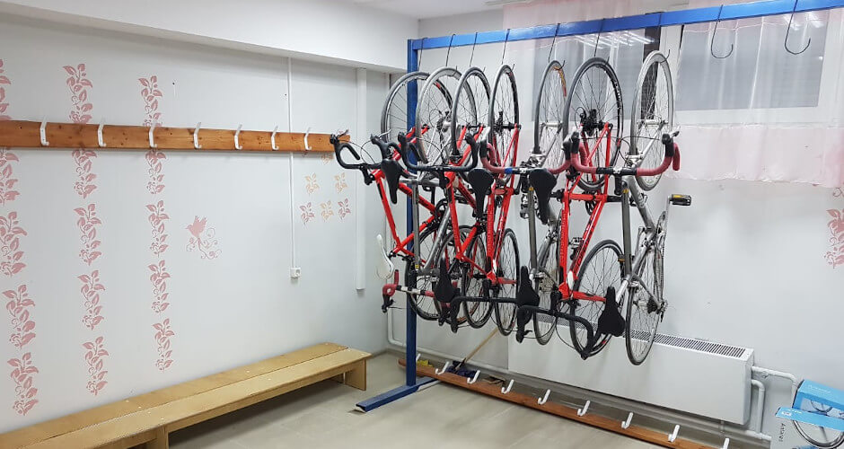 Велосипеды в велосекции ЖК Суворовский