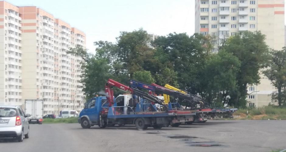 Эвакуаторы в ЖК Суворовский