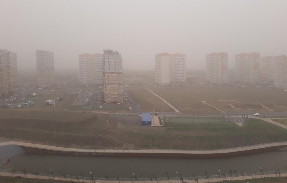 Пыльная буря в ЖК Суворовский. Вид 1.